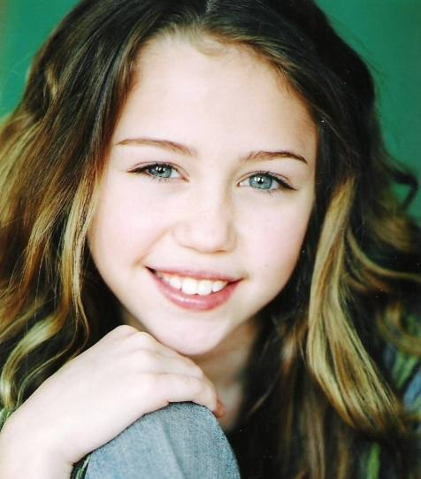Miley-Cyrus-young-008
